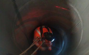 3-inspecteren-besloten-ruimte-industrieel-onderhoud-abseiltechnieken-1024x613