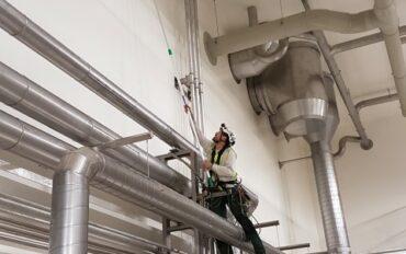 1 Abseiltechnieken reinigen oplevering zuivelfabriek rop access