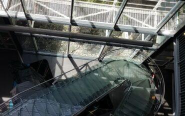 1 Abseiltechnieken rope access Dolmans atrium reiniging Delft