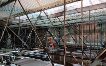 4 1 ATI van Alpen reiniging staalconstructie