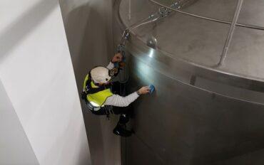 7 Abseiltechnieken reinigen oplevering zuivelfabriek rop access